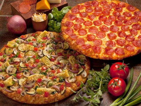 Pan Crust Round Table.Round Table Pizza Delivery To Sunnyvale Waiter Com Info Reviews